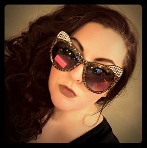 Betsey Johnson Kitty Animal Print Sunglasses NWT
